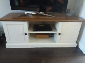 2 Door TV Unit Cream with Dark Oak Veneer Top Console Table / Media Unit Great Condition like new
