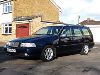 Volvo V70 Classic Estate, W.Reg 2000, Last of the Phase 1's. Huge History File. 1 previous owner.