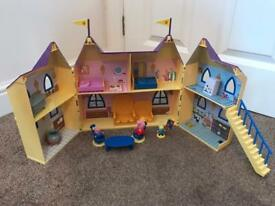 Peppa Pig Castle and figures