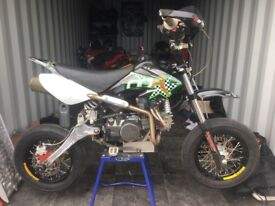 Monster moto pit bike super moto race spec