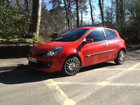 Renault Clio Sport 1.6 petrol-two-color painting-AMAZING!