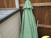 Parasol 2.9 Metre, Hardwood Frame,With Heavy Base - Collect orpington