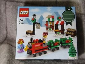 LEGO CHRISTMAS TRAIN RIDE & LEGO CHRISTMAS TOWN SQUARE Brand New