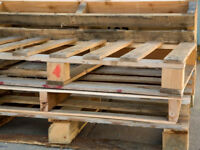 FREE PALLETS AND WOOD TO TAKE AWAY