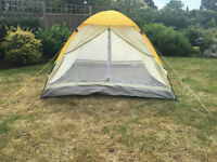 Basic 2 - 4 Man Tent