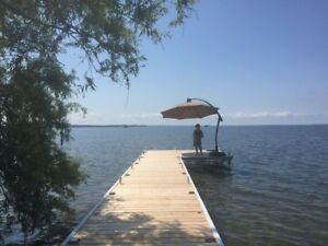 Waterfront Cottage, Lake Simcoe