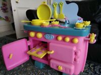Fifi kids child's girls Play Kitchen in clean used condition