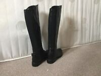 Size 5 Ladies knee high black riding boots from Jones the Bootmakers. Excellent condition