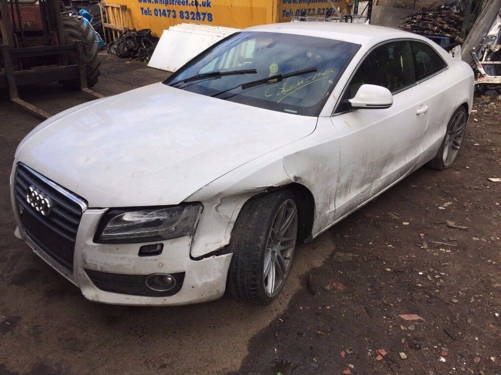 Audi A5 Coupe (2007 - 2012) B8 1.8 TFSI Sport 2dr white(ly9c) wing indicator breaking