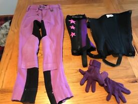 Jodhpurs +Chaps +riding gloves Size 20 r roughly age 5-6