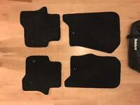 Land Rover Discovery HSE Luxury 4 Genuine OEM floor mats