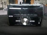 Pioneer double din with AUX an Bluetooth an USB