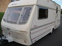 **VERY LIGHTWEIGHT SPACIOUS LUNAR PLANET 2- BERTH CARAVAN,JUST BEEN SERVICED,GREAT DRY CARAVAN**