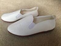 Lovely White Canvas Shoes - UK Size 2.5 (EU 35) - NEW