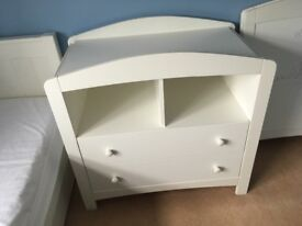 Mothercare changing table / draws