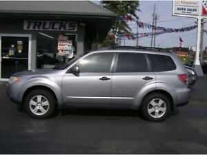 2010 Subaru Forester SHARP LITTLE 4X4 !! FUN TO DRIVE !!!