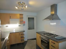 Nice 3 Bed End Terrace House to rent in Saltash: available early June
