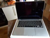 Apple MacBook Pro 13.3inch Retina Model No A1502 in (like new condition)