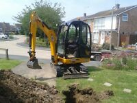 SUPERIOR MINI DIGGERS ..MINI DIGGER AND DRIVER HIRE FROM£195.00 PER DAY FULLY INCLUSIVE ,,,,,