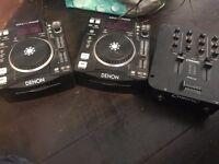 Denon DN-S700 CD jays and Citronic Mixer