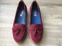 NEW MOSHULU ARLET BURGUNDY SUEDE WOMEN'S LOAFER STYLE FLAT SHOES 38/5 RRP £65.00