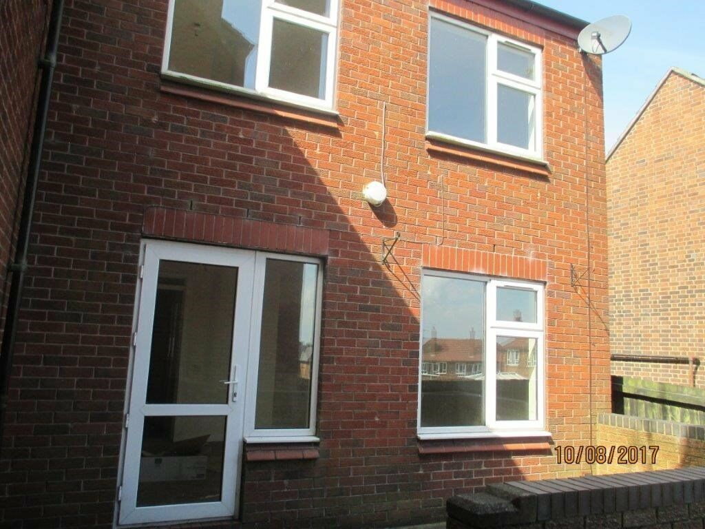 3 bedroom house to rent in Sandon Old Road, Meir