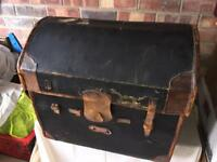 Vintage luggage leather chest plus inner tray