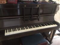 Piano for collection, free, needs tuning
