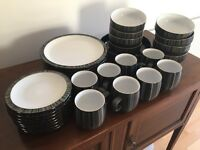 Denby Jet Stripes 33 Piece Set |8 Dinner Plates | 8 Tea Plates | 8 Bowls | 8 Mugs | 1 Serving Bowl