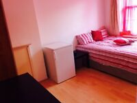 3 Bedroom house to let near shadwell Station