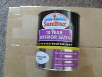 Sandtex Brilliant White 10 year exterior satin 750 ml