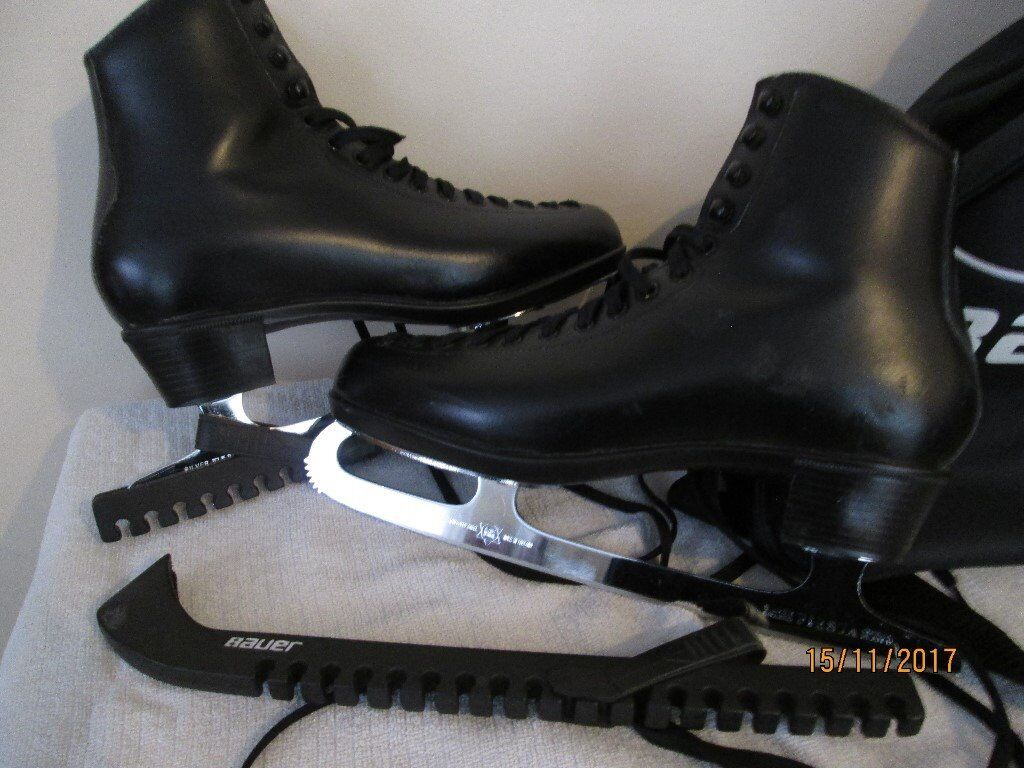 Ice skates mens size 11 black, Risport boots, shefield steel blades, bauer carry bag