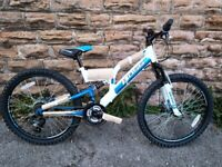 "New Boss 24"" Stealth Bike White/Blue 2020 RRP £265"