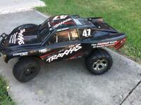 Traxxas slash 4x4 rc car brushless