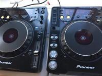 Pioneer cdj 1000 mk3 cdj1000 pair with original boxes one owner since new!