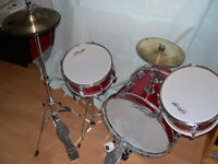 Stagg junior drum kit -suitable for kids but not toys! Red 3-piece, cymbals & hardware included
