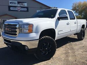 2014 GMC SIERRA 2500HD SLT LOADED 3 inch LIFT WHEEL/TIRE PACKAGE
