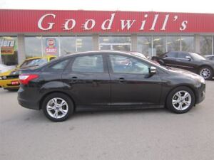 2013 Ford Focus SE! HEATED SEATS!