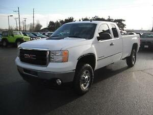 2013 GMC Sierra 2500HD Ext. Cab Long Box 4WD