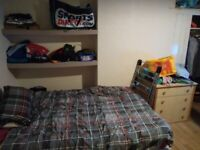 Large-room, LS4 2NA, £ 325 bills included