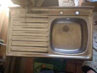 Kitchen/ utility room sink