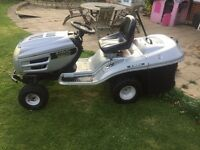 Ride on lawnmower/tractor for sale