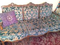 Beautiful Antique Sofa in Great condition and great quality