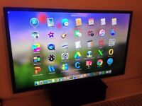 Bush LED 40 Inch smart TV - New only used for 4 months