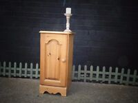 SOLID PINE FARMHOUSE SIDE CABINET VERY SOLID UNIT IN EXCELLENT CONDITION 36/40/71 cm £25