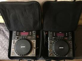 2 x Gemini CDJ - 600s with Gator case carry bags