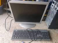Desk top computer