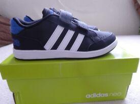 Boys Adidas Neo trainers size 12.5k/31