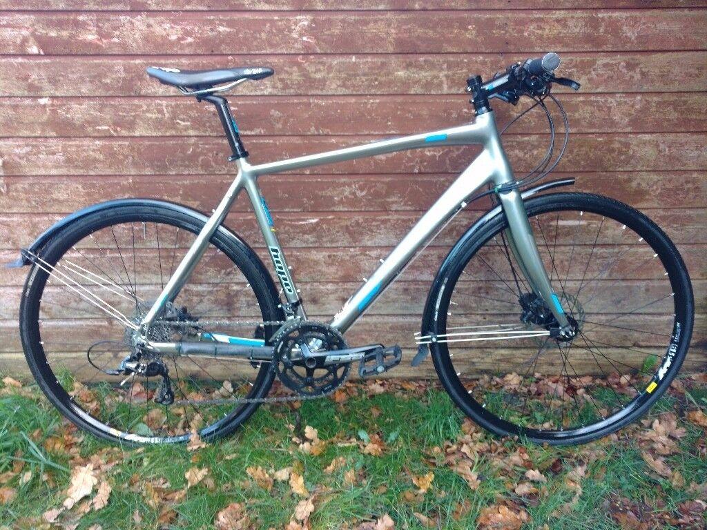 2015 Boardman Hybrid Team, Medium, Road Bike w Disc Brakes & Carbon Forks, Excellent Condition