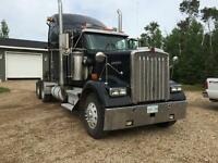 REDUCED 2001 Kenworth W900 with a 60 Series Detroit